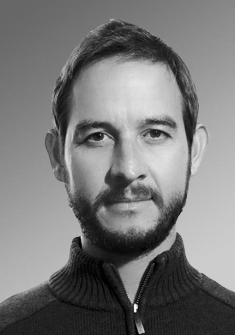 / Doctor Carlos Alvear